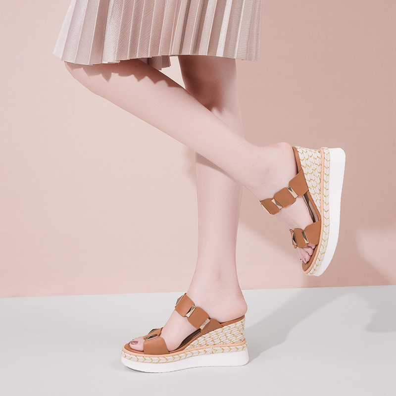 松糕鞋,凉鞋